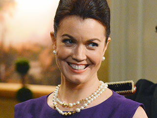 Scandal's Bellamy Young: 'We Do Something We've Never Done Before' On Tonight's Episode