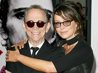 Jennifer Grey on Her Dad Joel Grey's Coming Out: 'I Feel Very Happy' for Him