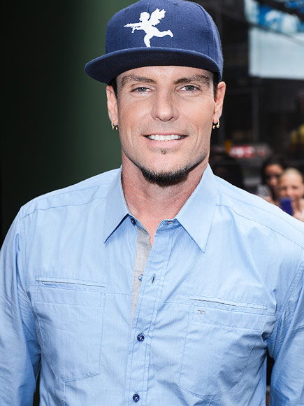 Vanilla Ice Arrested for Burglarizing Abandoned Home in Florida ...