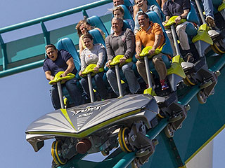 What It's Like to Ride the World's Tallest and Fastest 'Giga' Coaster (WATCH)