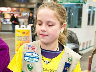 Thief Steals Cash Box from Girl Scouts, Doesn't Bother to Take Cookies