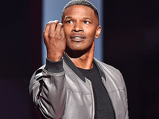 Jamie Foxx's Joke About Bruce Jenner Falls Flat at iHeartRadio Awards