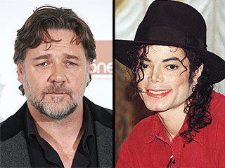 Russell Crowe Claims Michael Jackson Gleefully Prank Called Him – for Years