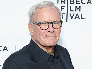 How Tom Brokaw's Family Reacted to His Cancer Diagnosis (VIDEO)
