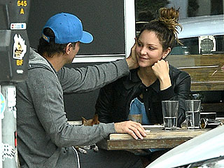 PHOTO: Katharine McPhee and Nick Cokas Are the Friendliest Exes Ever During Casual Lunch