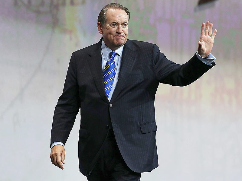 Mike Huckabee on Holocaust Remark: Says He's Been to Auschwitz