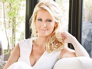 Sandra Lee Hospitalized with Mastectomy-Related Complication: Reports