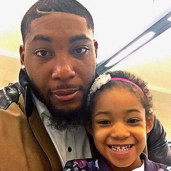 Devon Still S Daughter Leah Leaving Hospital People Com