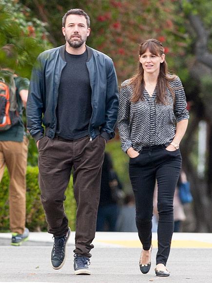 Ben Affleck and Jennifer Garner Are Getting Divorced ... Ben Affleck And Jennifer Garner