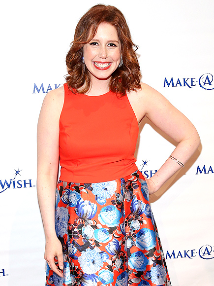 Saturday Night Lives Vanessa Bayer Reveals Teenage