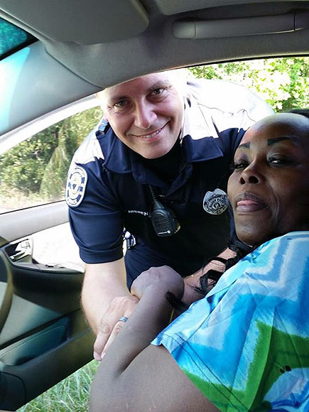 Kentucky Cop Consoles Grieving Driver After Sister's Death