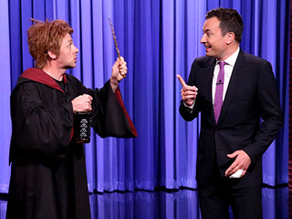 Watch Simon Pegg Channel a Drunk Ron Weasley to Wish Harry Potter a Happy 35th Birthday on Fallon – Sort Of