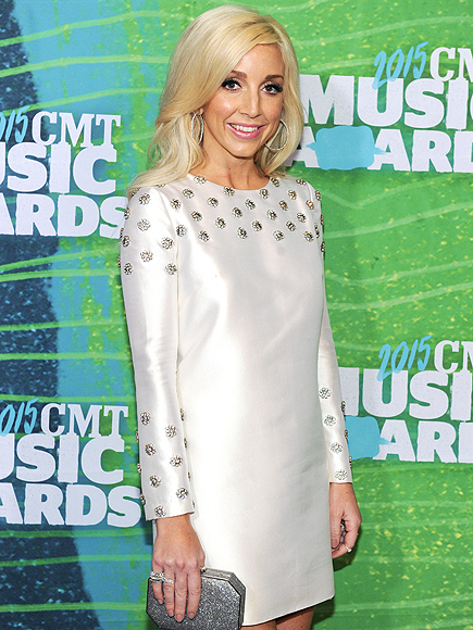 Ashley Monroe Plays Two Truths and a Lie