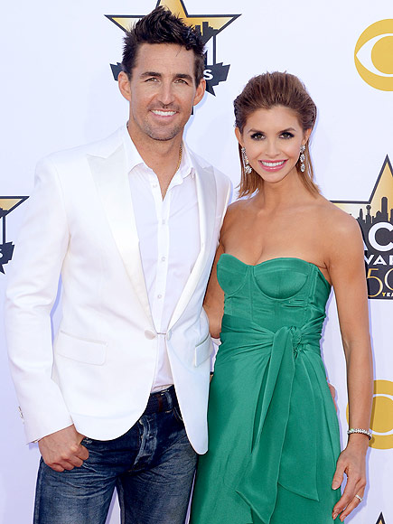 Jake Owen , 30, country star pops the question. The spontaneous ...