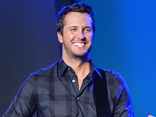 What Does Luke Bryan Smell Like? A New Candle Reveals All
