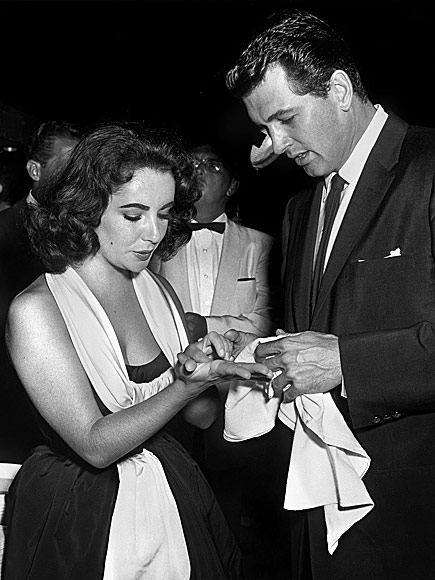 Check Out Glamorous, Rarely Seen Photos of Elizabeth Taylor with the Most Dashing Men in Her Life