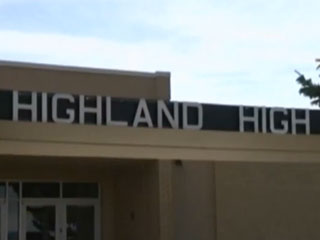 15-Year-Old Boy Arrested for Reportedly Threatening to 'Kill All the Girls' at His School Because They Wouldn't Send Him Nudes