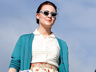 VIDEO: See Saoirse Ronan's Character Return Home to Ireland in Evocative New Clip from Brooklyn