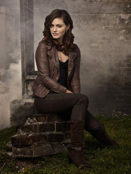 Phoebe Tonkin vampire diaries