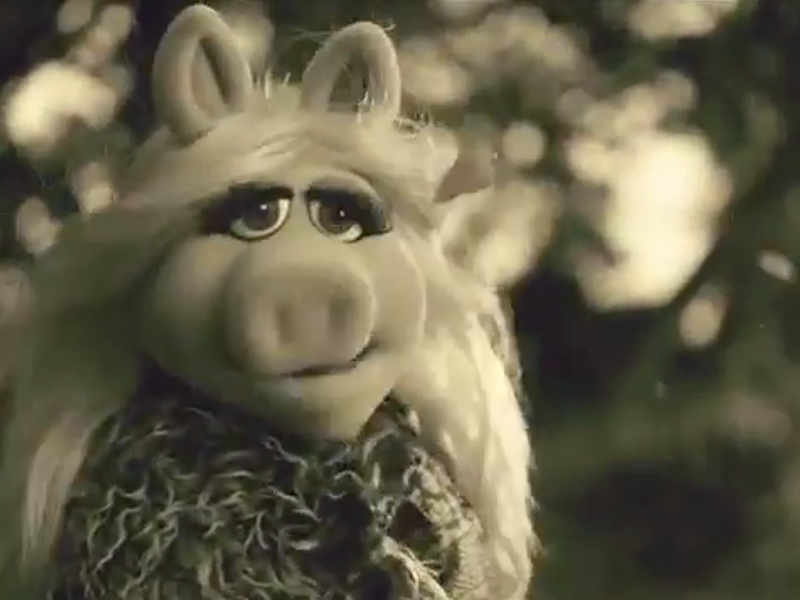 """Miss Piggy, Kermit Spoof Adele's """"Hello"""" Video in Muppets Commercial ..."""