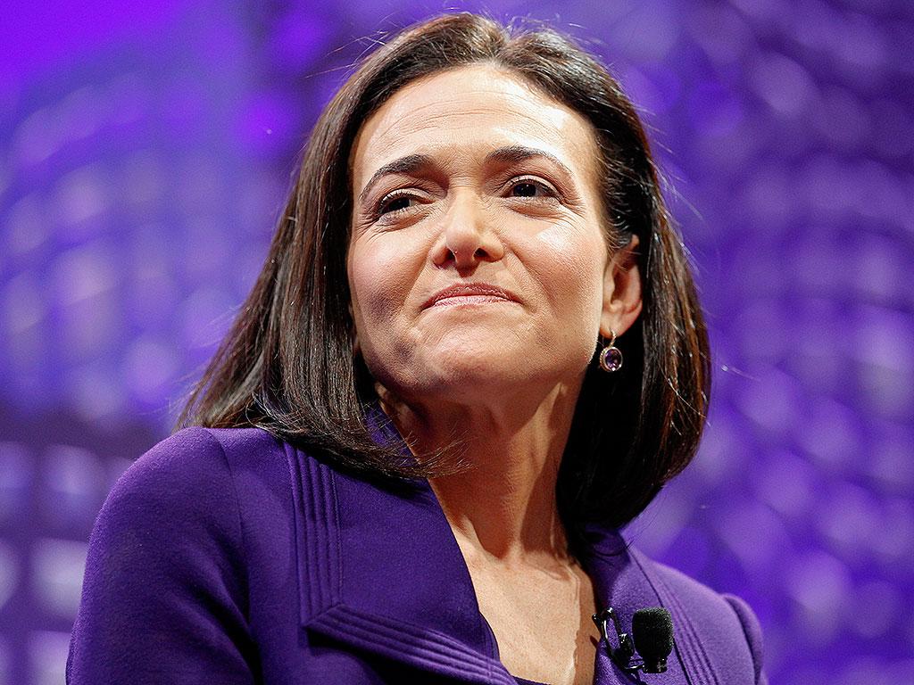 Sheryl Sandberg Dedicates Mother's Day Essay to Single Moms