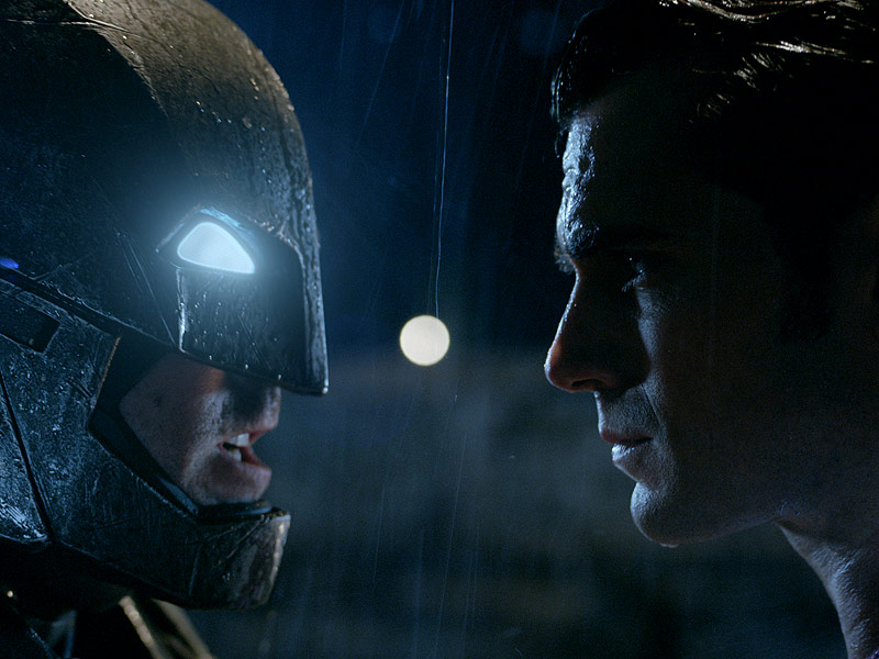Batman v Superman Rated R: Extended Cut on Home Video to Feature New Material