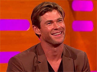 'VIDEO: Chris Hemsworth Reveals He Once Went to Prison – and Got Heckled by the Inmates' from the web at 'http://img2-2.timeinc.net/people/i/2015/news/151221/chris-hemsworth-320.jpg'