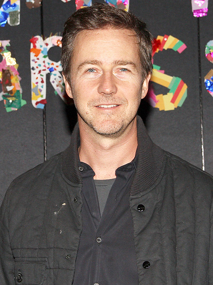 Edward Norton Starts Fundraising Campaign For Syrian Refugee