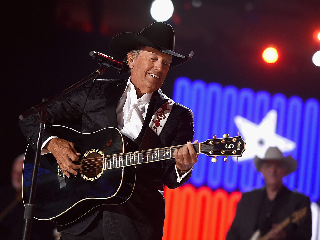 George strait 39 s acm awards performance all my exes live for What happened to luke bryans sister