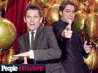 Say 'SAG!' Stars Hit Our Red Carpet Photo Booth
