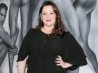 Melissa McCarthy Designs Her First Custom Gown for a Friend: 'It's Such a Joy to Me' (PHOTOS)