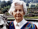 The Ultra-Glam Items Up For Auction From the Duchess of Devonshire's Estate