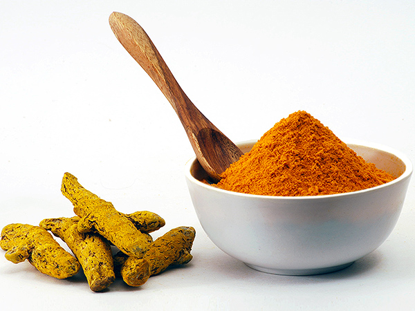 What Is Turmeric? Everything You Need to Know About 2016's Trendiest Food