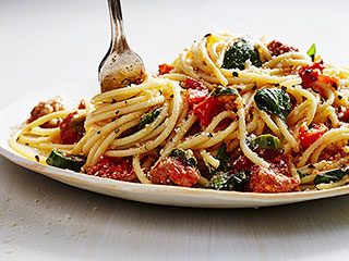 Mario Batali's Tomato & Chorizo Spaghetti Is a Weeknight Dinner Dream