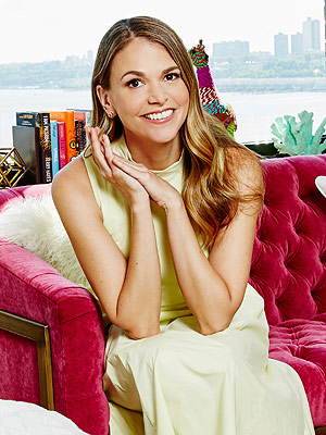 PHOTOS: Take a Tour of Sutton Foster's Bright and Beautiful New York City Penthouse