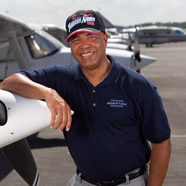 Vision of Flight Teaches Kids Everywhere About Flying