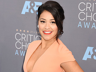Gina Rodriguez Praises Mexican-American Director Robert Rodriguez for Hiring Latino Artists and 'Preparing' Them for Hollywood