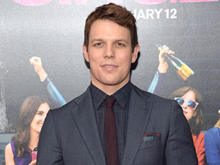 Girls Star Jake Lacy Reveals He Was Secretly Married in August