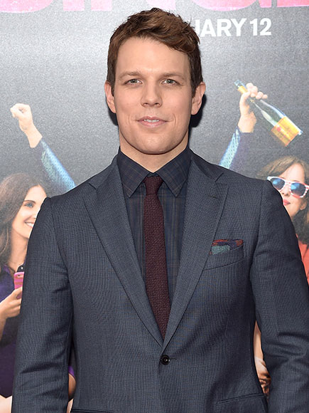Jake Lacy earned a  million dollar salary - leaving the net worth at 0.5 million in 2018