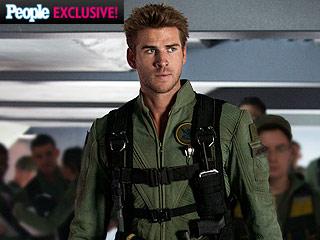 Hot Hero! Liam Hemsworth Shows Off His Independence Day: Resurgence Flight Suit – and Talks 'Heartfelt' Sequel
