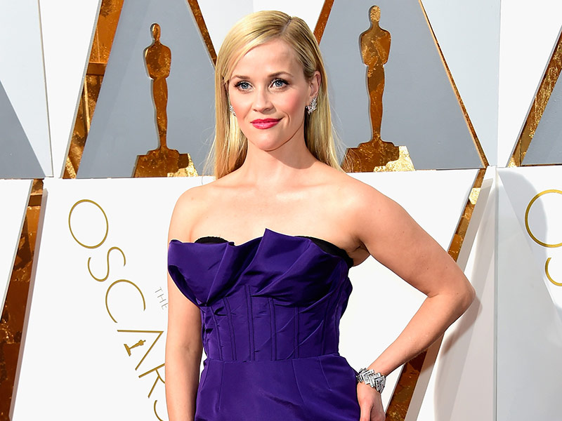 Reese Witherspoon Shares Oscars Prep Process in Insta Throwback