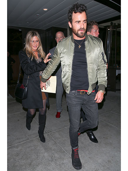 Jennifer Aniston and Justin Theroux Hold Hands After a Date Night