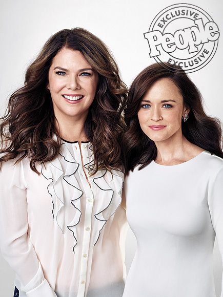 World's Most Beautiful: Gilmore Girls Lauren Graham, Alexis Bledel Haven't Aged
