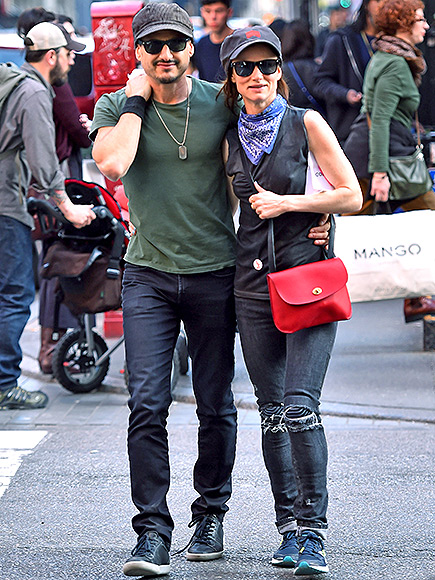 brad pitt dating juliette lewis Juliette was just 16 when she started dating brad, who was 10 years older, in the '90s.