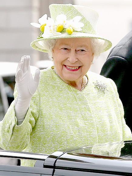 The Queen is Hiring! British Monarchy Seeking Social Media Manager