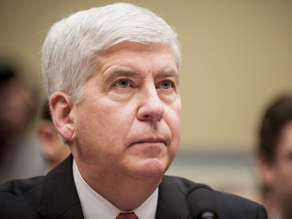 Rick Snyder: Michigan Gov. Pledges to Drink Flint Tap Water