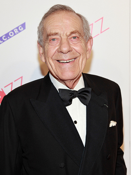 Morley Safer Dead: 60 Minutes Anchor Dies at 84 : People.com