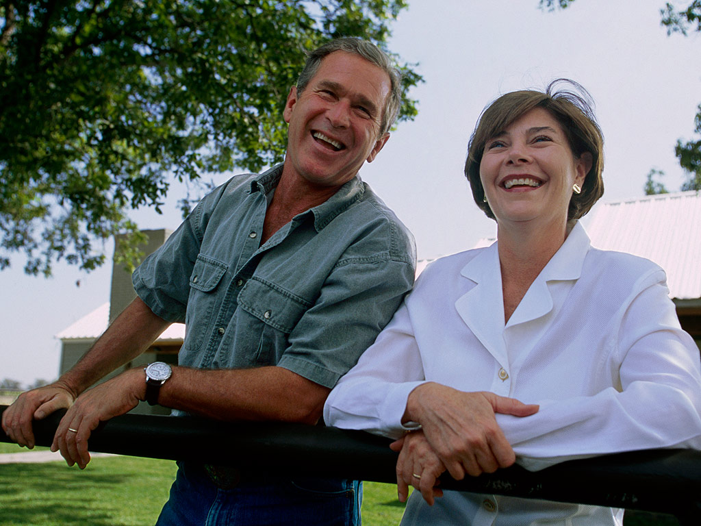 Laura Bush Obsessed With Cat Emojis People Com