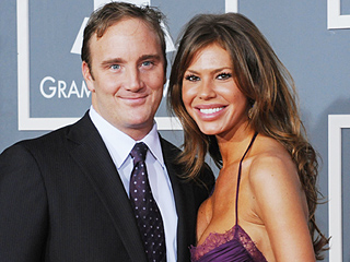 Jay Mohr and Wife Nikki Cox Divorcing After 9 Years of Marriage