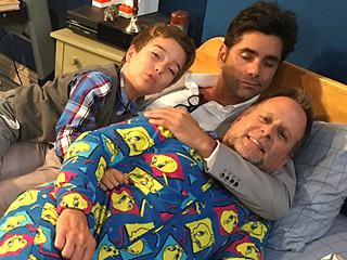 Snuggles on Set! John Stamos and Dave Coulier Take a 'Quick Power Nappy' Before Taping Fuller House Season 2